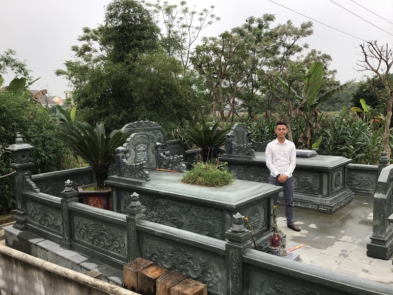 Mẫu Khu lăng mộ đá Xanh rêu Quang Trung