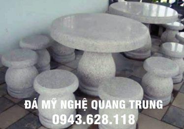 Mẫu bàn ghế đá tự nhiên tại Hà Giang