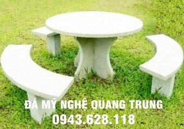 Mẫu bàn ghế đá tự nhiên tại Hà Tĩnh