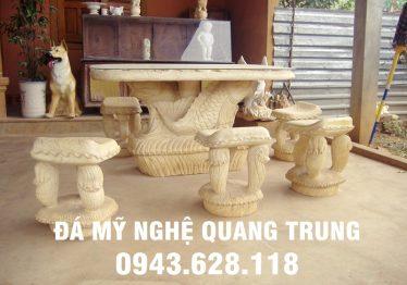 Mẫu bàn ghế đá tự nhiên tại Nam Định