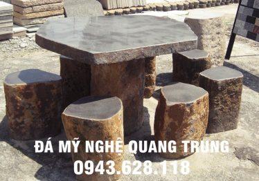 Mẫu bàn ghế đá tự nhiên tại Thái Nguyên