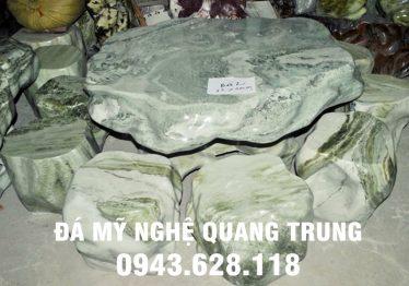 Mẫu bàn ghế đá tự nhiên tại Tuyên Quang