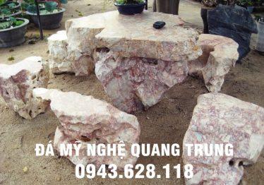 Mẫu bàn ghế đá tự nhiên tại Vĩnh Phúc