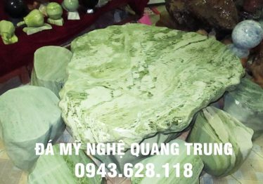 Mẫu bàn ghế đá tự nhiên tại Đồng Nai