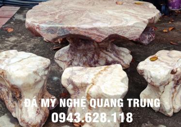 Mẫu bàn ghế đá tự nhiên tại Bắc Ninh