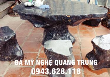 Mẫu bàn ghế đá tự nhiên tại Bình Phước