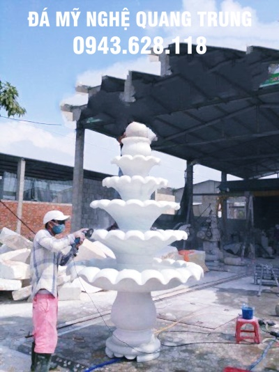 Dai-phun-nuoc-bang-da-tu-nhien-nguyen-khoi-3.jpg