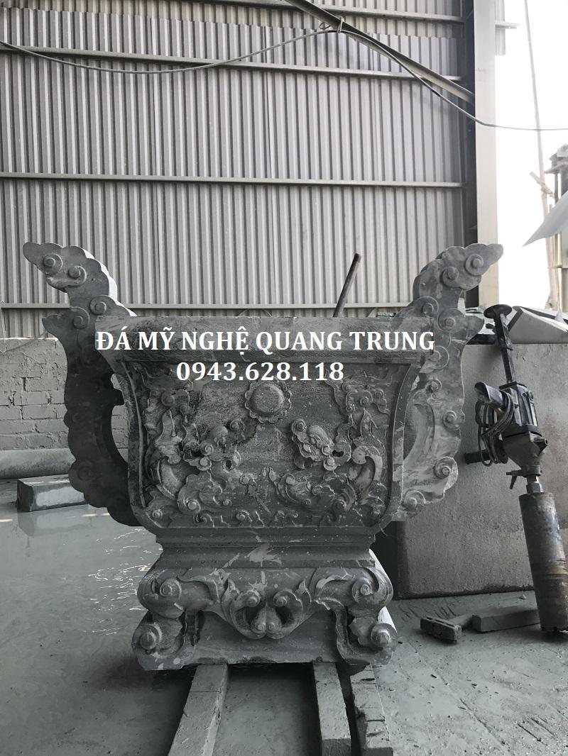Lư hương đá khắc CNC đẹp bằng đá xanh rêu nguyên khối của Đá mỹ nghệ Quang Trung