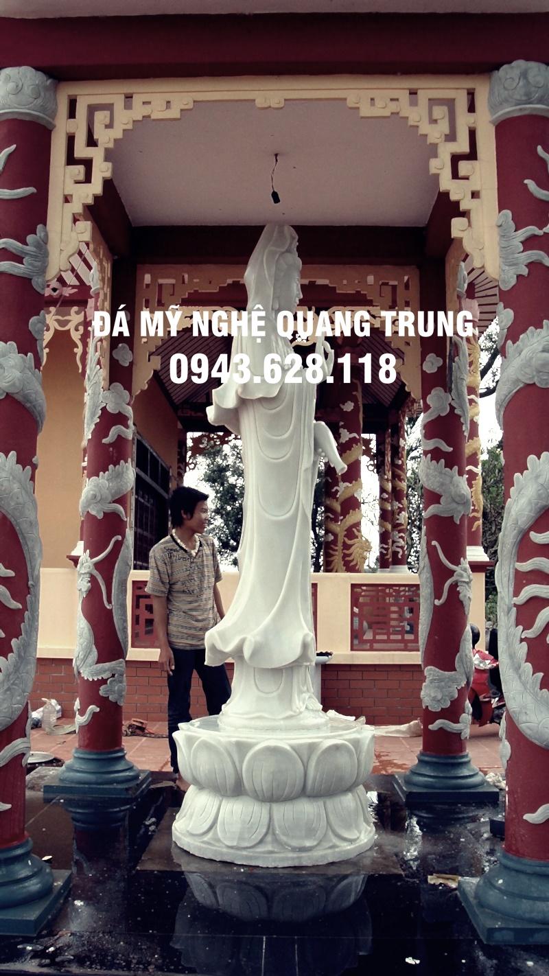 Tuong phat da dep 20 1 Lăng mộ đá, Mộ đá Ninh Bình