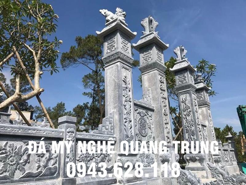 Cổng đá đẹp với 4 cột đá đồng trụ to nguyên khối từ đá xanh tự nhiên.