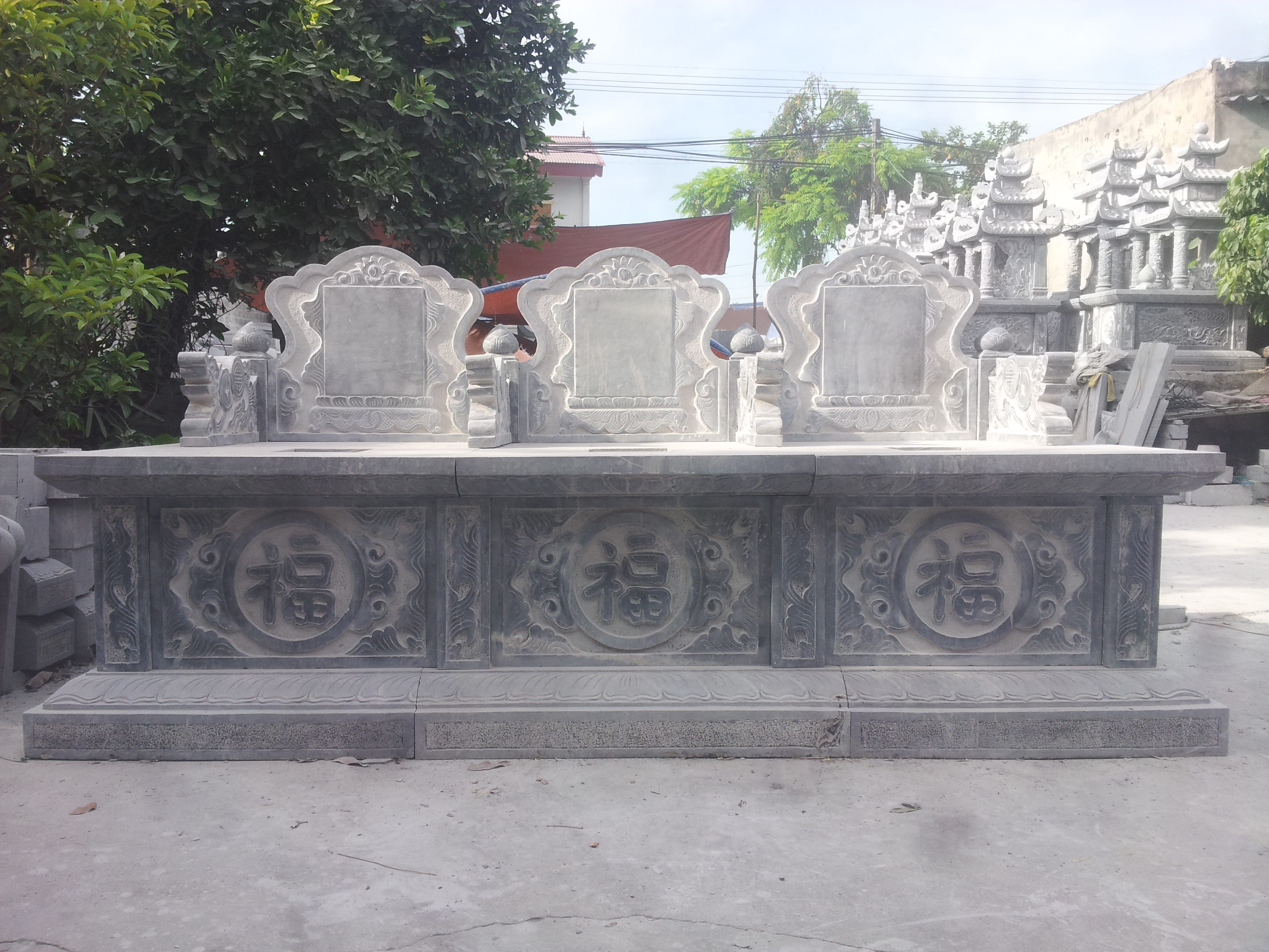 Mau Mo da ba nguoi nguyen khoi 2 Lăng mộ đá, Mộ đá Ninh Bình