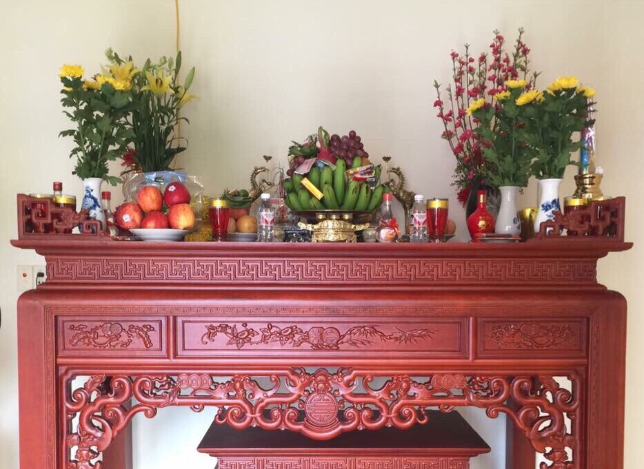 Phong thuy Ban tho gia tien