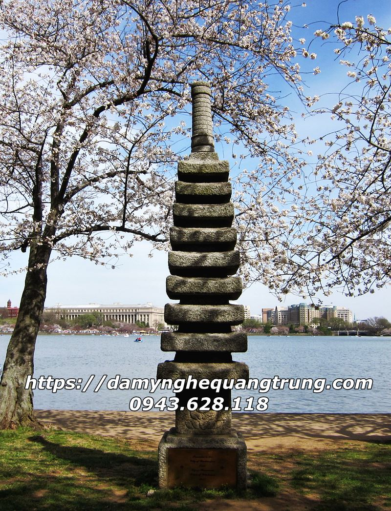 Den da trang tri Nhat Ban Den da co Mau Den da san vuon DEP 30 Lăng mộ đá, Mộ đá Ninh Bình