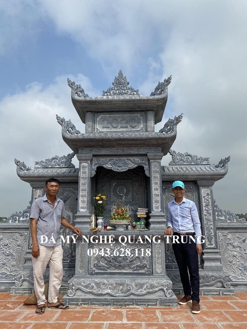 Chu Linh Sam chup anh Luu niem cung Nghe nhan Quang Trung