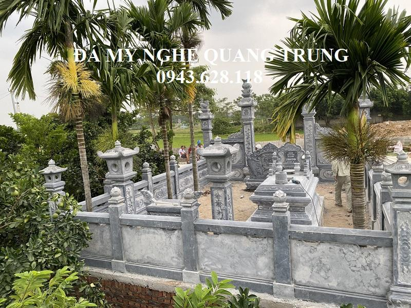 Mot goc nhin tu tren cao xuong Khu Lang mo Le Quoc dep