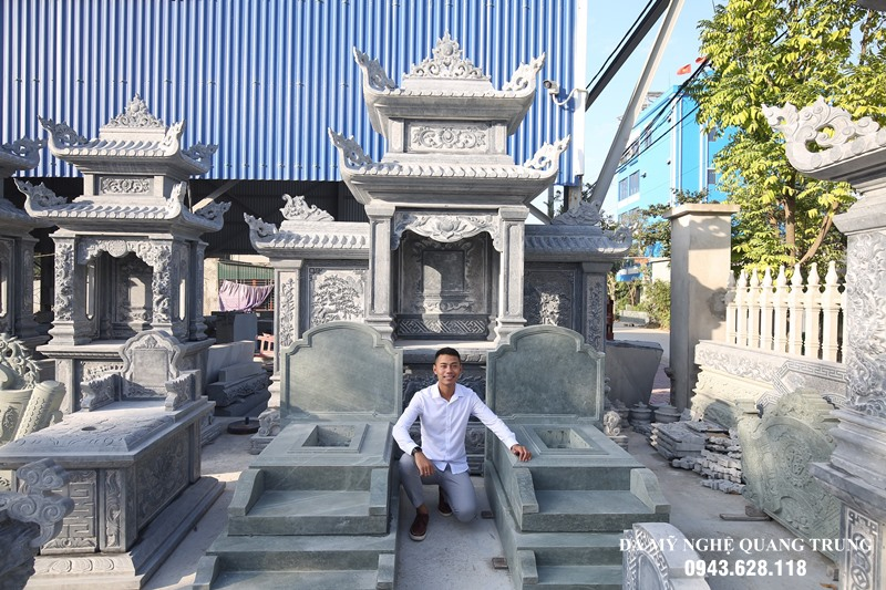 Cac san pham Lang mo va Mo da chuan bi lap dat cho khach hang tai xuong