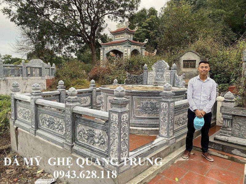 Khu Lăng mộ tròn với Ngôi mộ đá tròn đẹp kích thước rộng 237cm.